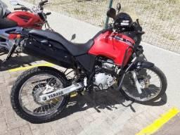Moto Tenerê 250