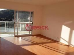 Ótimo apartamento de 1 quarto no centro de Teresópolis