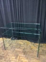 Mesa de apoio para loja ( alta) - Vidro cristal incolor lapidado