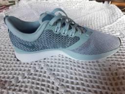Vendo Tênis Nike 36 270,00 tênis Mizuno 39 170,00