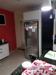 Casa 3 quartos com 3 vagas de garagens - Cic
