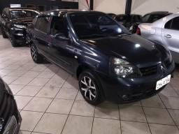 Renaut Clio sedan - 2004