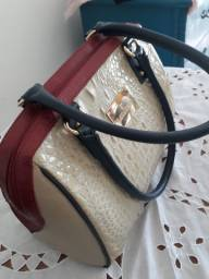 Bolsa couro Laura Prado