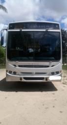 Vendo ou troco Ônibus Mercedes Benz em caminhão 3/4 ou carro
