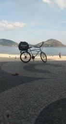 Entregador de bicicleta delivy