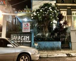 Casa de 02 pavimentos na Tv. Quintino Bocaiúva