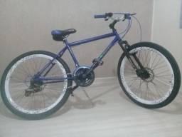 Bike aro.26 - 21 marchas (semi-nova!!!)