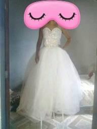 Vestido de noiva lindo estilo princesa