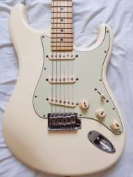 Título do anúncio: Guitarra Tagima T-635