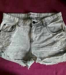 Título do anúncio: Shorts jeans 40