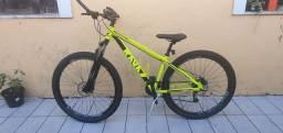 Bicicleta RAVA aro 29 / 15,5