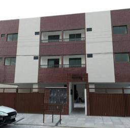 Alugo apartamento em Mangabeira