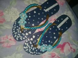 Sandália decorada 35