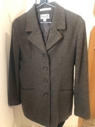 Casaco de lã italiana seminovo