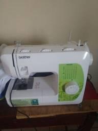 Vendo máquina de costura nova marca brother