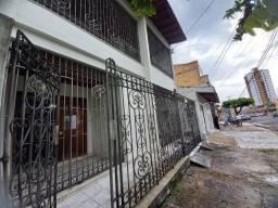 Vendo Casarão com 2 Pavimentos, 5 Suítes no Umarizal
