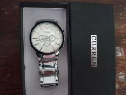 Relógio Curren ( novo ) nunca usado .