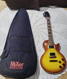 Guitarra Waldmar muito nova com capa