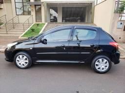 Título do anúncio: Peugeot 207 Completo