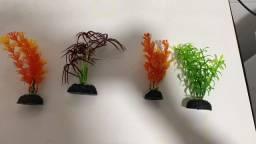 Plantas artificiais para aquário.