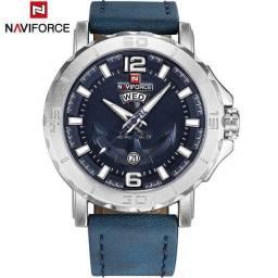 Relógio Naviforce Casual, original, importado, Pulseira de Couro Azul.