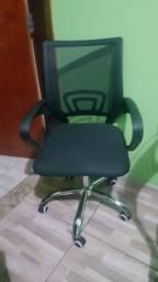 Cadeira de escritório - Menos de 6 meses de uso - Retirar Zona Norte