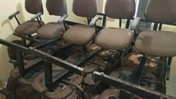 Título do anúncio: Vendo cadeiras para reuniões