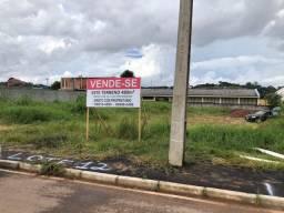 Terreno residencial Em Colombo 480m²