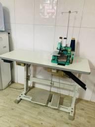 Máquina de costura overloque semi-industrial