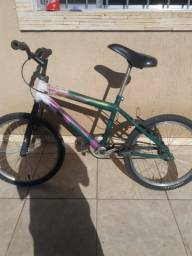 Vendo ou troco Bicicleta aro 20 usada