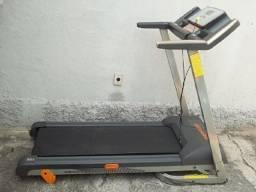 Título do anúncio: Esteira Elétrica Athletic Advanced 430ee - 12 Km - 120 Kg - Novíssima