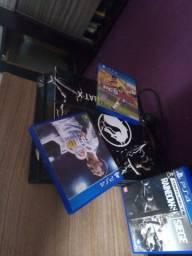 PS4 envelopado com 3 jogos 1.450