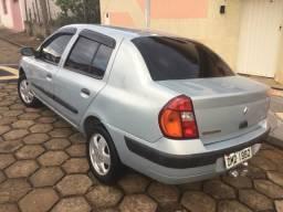 Renault impecável - 2004