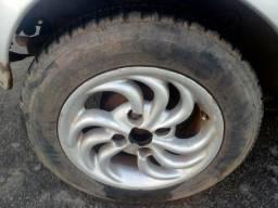 Venda dw un ford ka com a junta do cabecote queima e sem embalagem mas funcionando - 2005