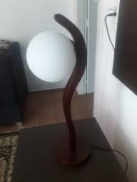 Abajur c/ base em madeira e bola de vidro, usado comprar usado  Osasco