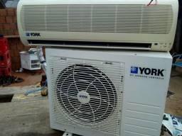 Vendo ar-condicionado York R$700,00