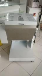 Geladeira 4p+amassadeira 40kg