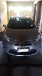 New fiesta sedan se 1.6 2013 - 2013