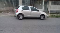 Vendo Toyota Etios 1.3 X ano 2013 perfeito estado