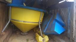 Tratador de peixe flutuante 400 kg
