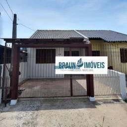 Vendo casa no Parque da Matriz, semi-nova, com 2 dormitórios, sala, cozinha, banheiro, áre