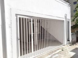 Casa para alugar com 2 dormitórios em Centro, Pocos de caldas cod:L52142