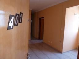 Aluga-se apartamento amplo Morada do Ouro II