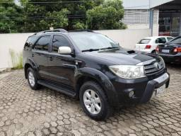 Toyota Hilux SW4 4x4 3.0 07 Lugares - 2009