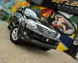 Toyota Hilux SW4 SRV - 2013