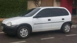 Corsa Hatch 1.6 - 1996