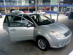 Vendo Fiesta Sedan Class 1.6 2009/2010 - 2010