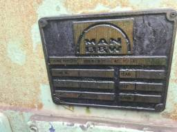 Motor Man B&W Diesel - 5L23/30 - 5 cilindros - 720 rpm - 900 cv - ano 1999
