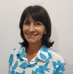 Ana Care - Terapeuta e Cuidadora de Idosos