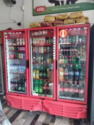 Freezer da coca 3 portas todo de led branca na porta